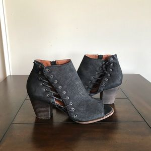 Lucky black leather lace-up booties, size 9.